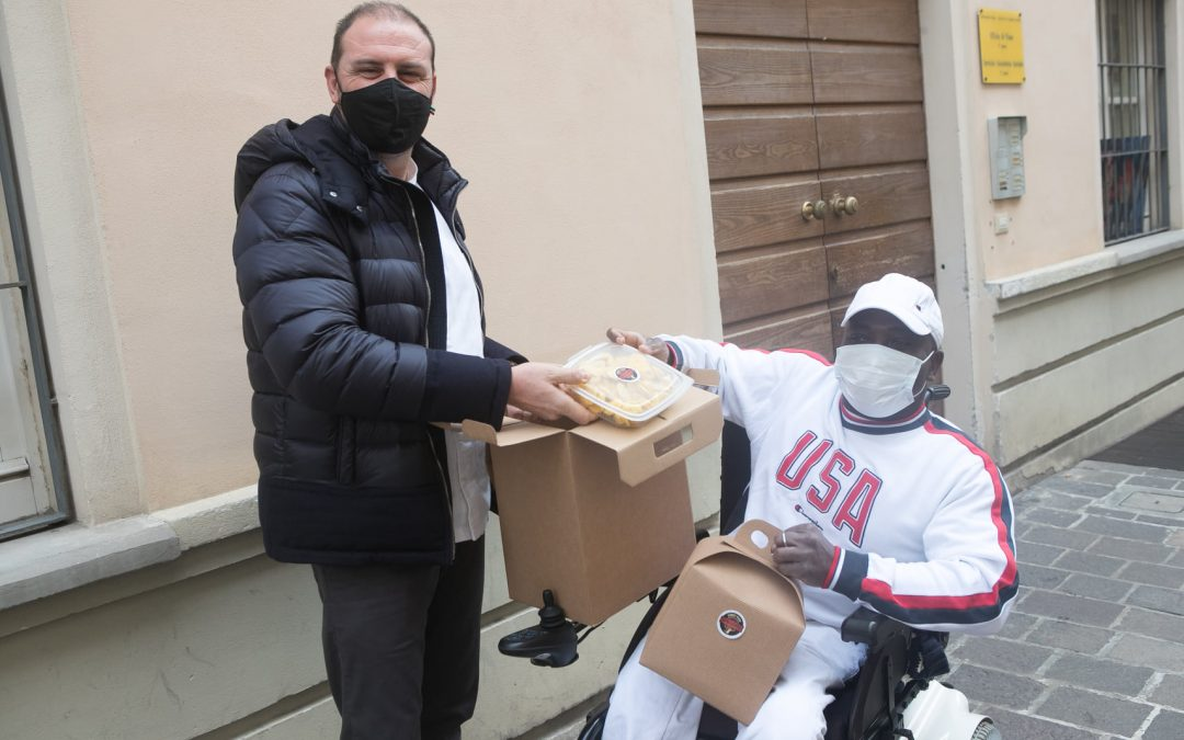 Natale in casa: pranzo a domicilio per le persone disabili con Anmic e Parma Quality Restaurants
