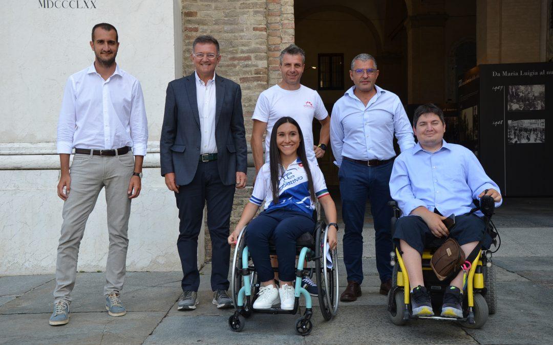 Obiettivo Tri Colore: tappa a Parma con Veronica Frosi della staffetta ideata da Alex Zanardi