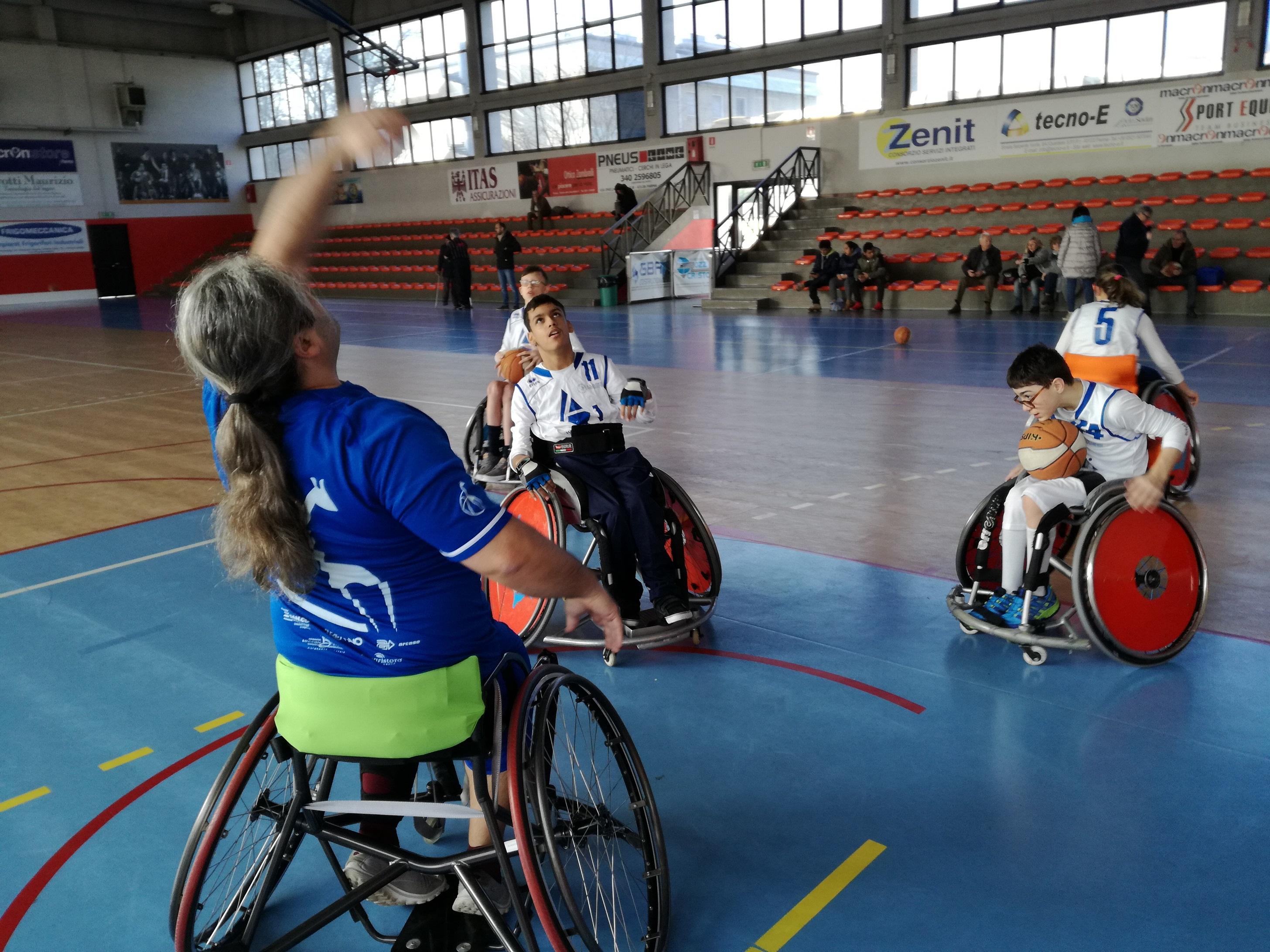 Il circuito Uisp-Trofeo Anmic di basket in carrozzina passa da Parma